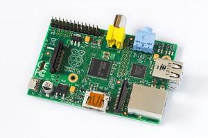 Raspberry Pi Model B Rev 2_Tors_Wikimedia commons cc