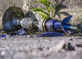 A broken shisha pipe