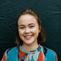 Anna Karolina Brow
