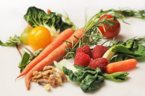 A healthy diet can help prevent type 2 diabetes